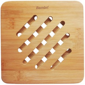 This bamboo trivet from Bambri is our recommended trivet.